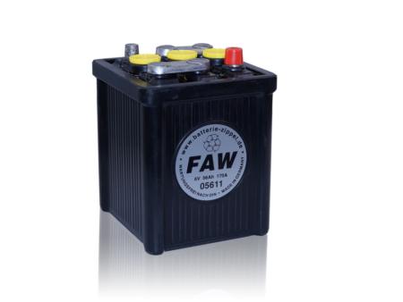 Hartgummibatterie 05611