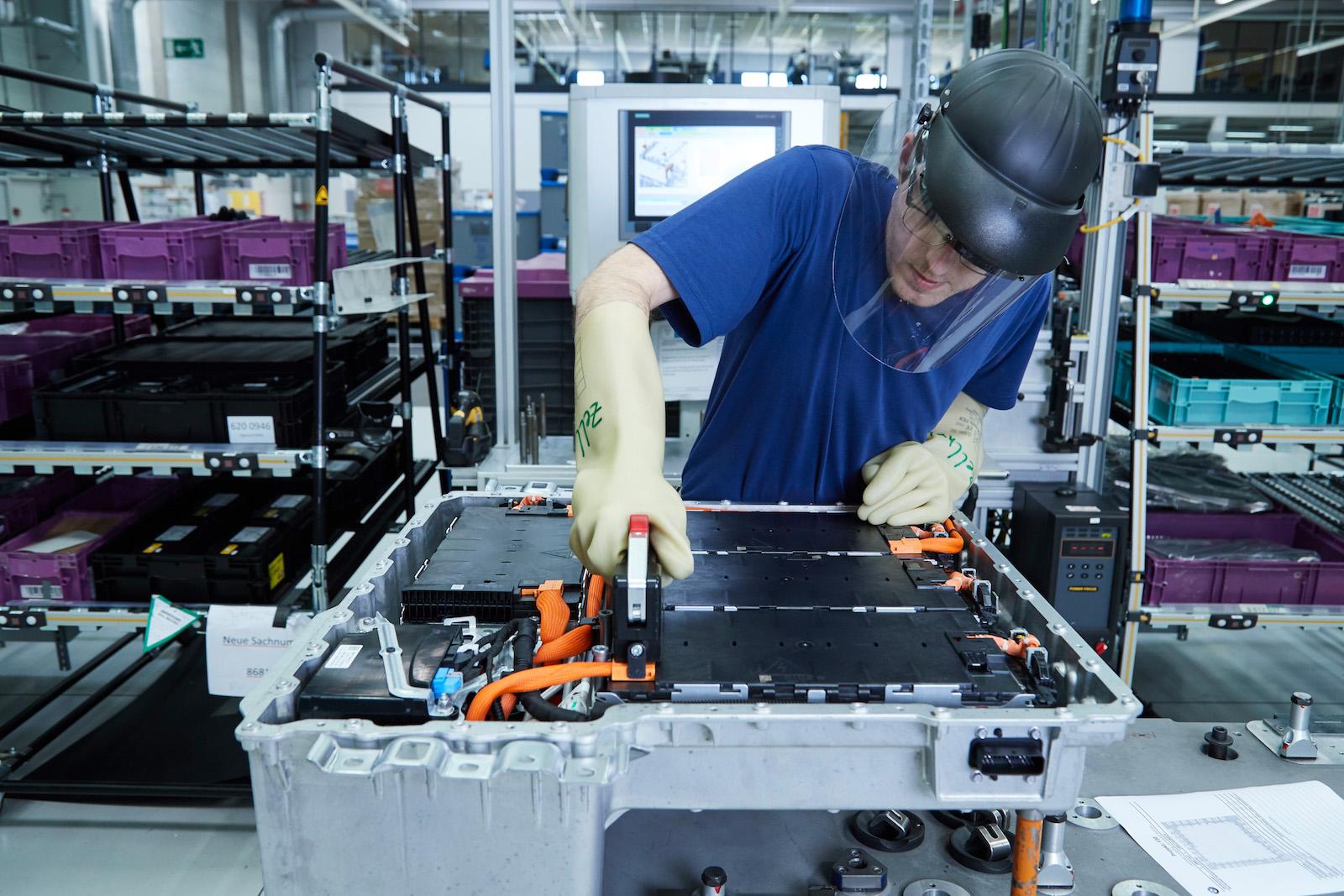 Deutschland Braucht Eine Eigene Batteriezellenfertigung Für E Mobile